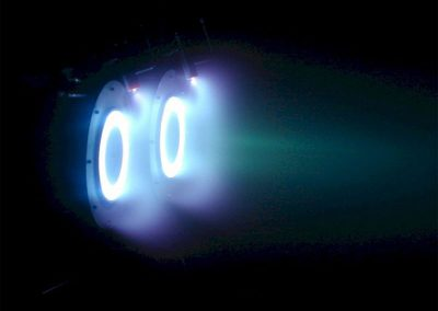 Simultaneous discharge of both P5 thrusters inside PEPL's LVTF.